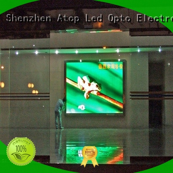 Atop automatically video wall display with best color uniformity for advertising