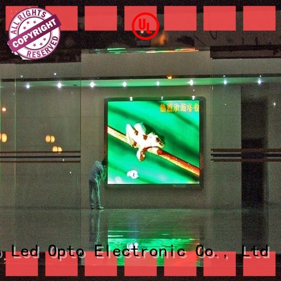 Atop color video wall display with best color uniformity for advertising